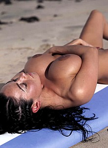 Olga Zjuba on the beach | Same set but with some different pictures