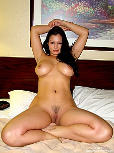 Aria Giovanni gallery image 9 of 9