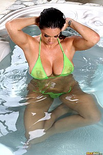 Alison Tyler gallery image 6 of 15