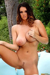Alison Tyler gallery image 14 of 15