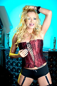 Briana Banks gallery image 5 of 15