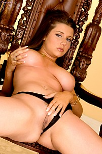Erica Campbell gallery image 15 of 18