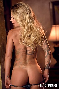 Isabelle Deltore gallery image 8 of 14