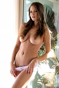 Amber Sym gallery image 9 of 17