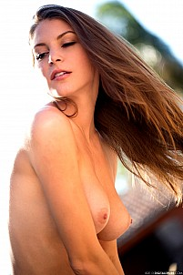 Amber Sym gallery image 16 of 17