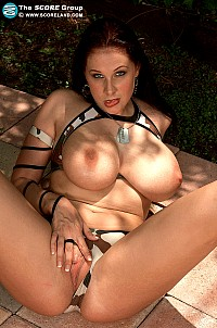 Gianna Michaels gallery image 10 of 22
