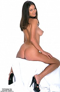 Kyla Cole gallery image 12 of 15