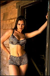 Aria Giovanni gallery image 1 of 15