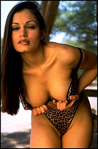 Aria Giovanni gallery image 7 of 15