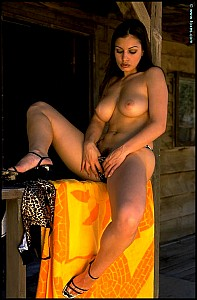 Aria Giovanni gallery image 11 of 15
