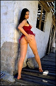 Aria Giovanni gallery image 5 of 15