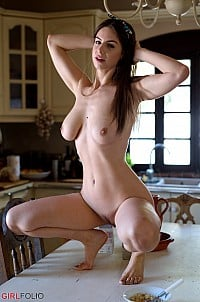 Stella Cox gallery image 9 of 12