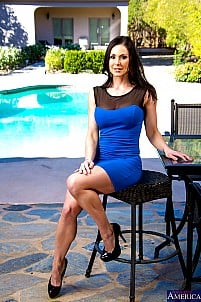 Kendra Lust gallery image 9 of 21