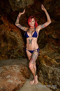 Anna Bell Peaks gallery image 3 of 14