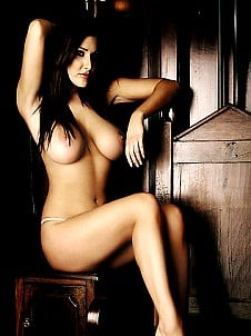 Lucy Pinder topless perfection
