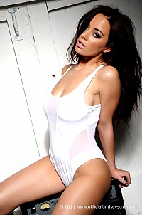 Lindsey Strutt gallery image 5 of 12