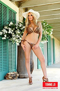 Tommie Jo stripping brown lingerie outdoor