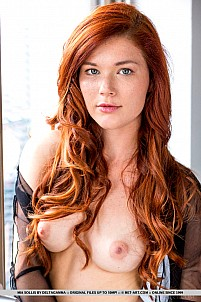 Mia Sollis gallery image 1 of 18