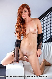 Mia Sollis gallery image 9 of 18