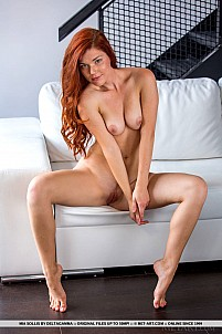 Mia Sollis gallery image 12 of 18