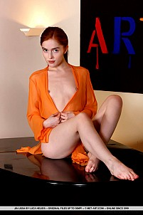 Jia Lissa gallery image 2 of 19