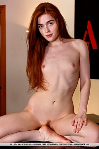 Jia Lissa gallery image 14 of 19