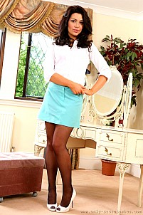 Jessica Spencer as sexy secretary strips to seduce