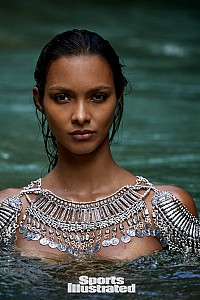 Lais Ribeiro gallery image 12 of 33