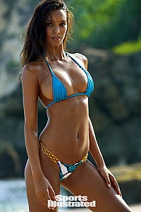Lais Ribeiro gallery image 20 of 33
