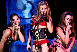 Carmen Electra gallery image 15 of 46