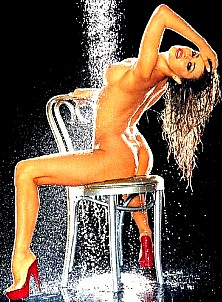 Carmen Electra gallery image 15 of 32