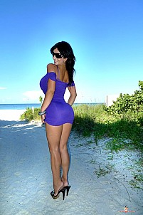 Denise Milani gallery image 15 of 25