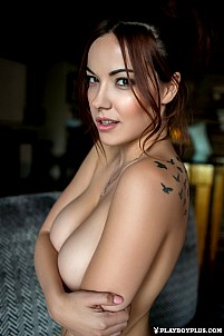 Gorgeous brunette Elizabeth Marxs babe shows her tattoos