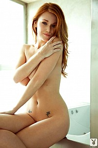 Leanna Decker gallery image 5 of 12