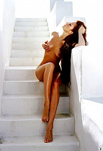 Angie Everhart gallery image 5 of 8