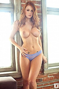Leanna Decker gallery image 11 of 15