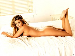 Carmen Electra gallery image 6 of 8