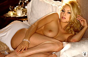 Shanna Moakler gallery image 19 of 20