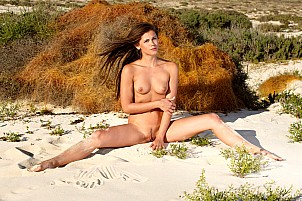 Little Caprice gallery image 9 of 12