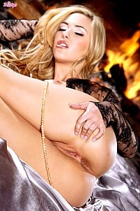 Sophia Knight gallery image 14 of 16