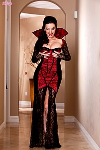 Taylor Vixen as horny little vampire