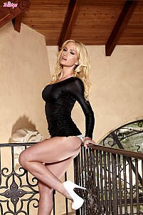 Angela Sommers gallery image 3 of 16