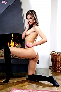 Little Caprice gallery image 11 of 15