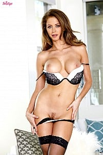 Emily Addison gallery image 7 of 16