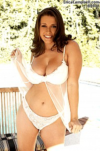Erica Campbell gallery image 4 of 18