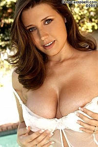 Erica Campbell gallery image 14 of 18