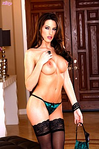 Kortney Kane gallery image 5 of 16