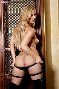 Sophia Knight gallery image 6 of 16