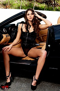 Aspen Rae getting naked in her black Ferrari