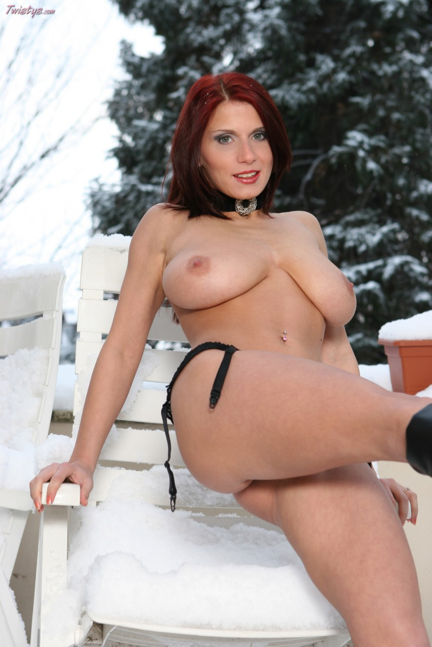 Busty sunny and holly toying action 10